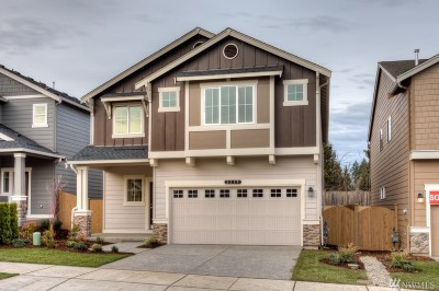 Puyallup Single Family Home For Sale: 10570 190th St E #161