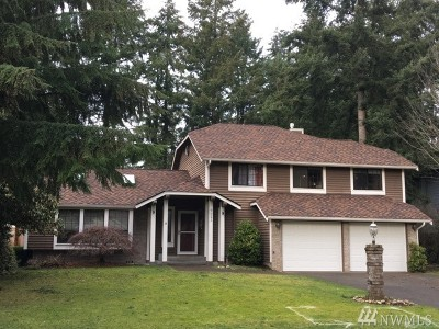 Puyallup Single Family Home For Sale: 9021 166th St E