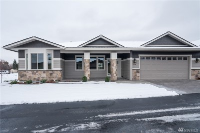 Chelan County Condo/Townhouse For Sale: 446 River Walk Dr