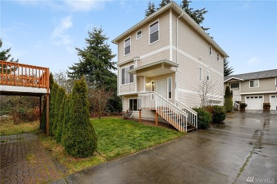 Everett Condo/Townhouse For Sale: 2402 Melvin Ave #C