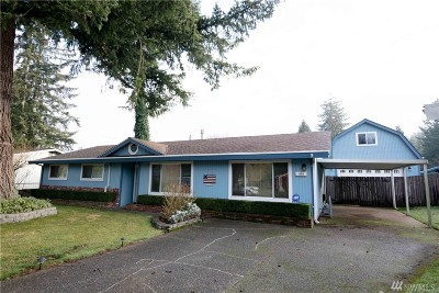 Olympia Single Family Home For Sale: 932 Oakcrest Dr SE