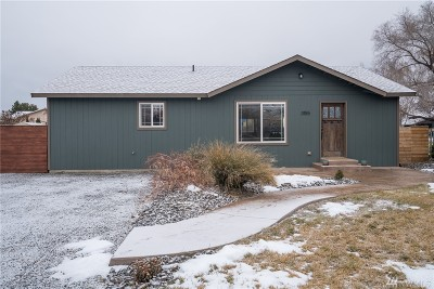 Chelan County Single Family Home For Sale: 3155 Monterey Dr