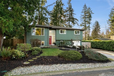 Kirkland Single Family Home For Sale: 8611 NE 137th St