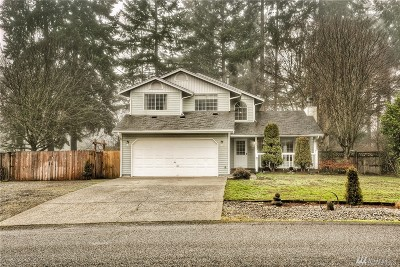 Olympia Single Family Home For Sale: 8321 Lake Forest Dr SE