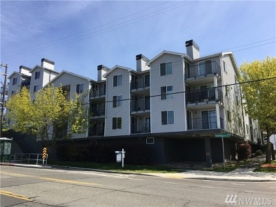 Seattle Condo/Townhouse For Sale: 9200 Greenwood Ave N #510