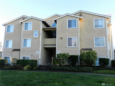 Federal Way Condo/Townhouse For Sale: 28708 18th Ave S #W-201