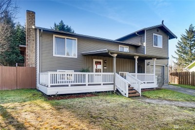 Lynnwood Single Family Home For Sale: 520 210th St SW
