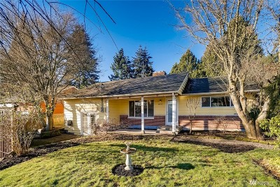 Lynnwood Single Family Home For Sale: 18512 66th Ave W