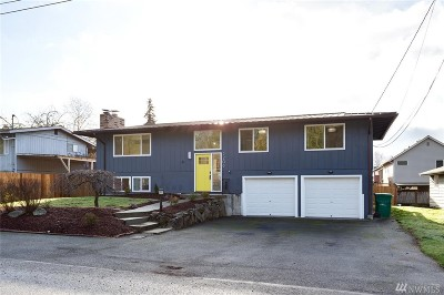 Lynnwood Single Family Home For Sale: 2208 SW 177th Place