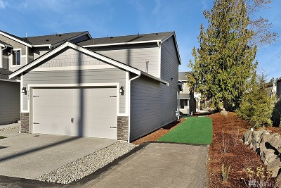 Puyallup Single Family Home For Sale: 8348 174th St Ct E #Lot48