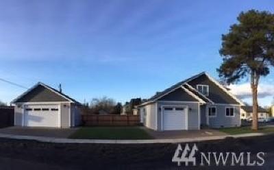 Centralia Single Family Home For Sale: 903 Atherton St