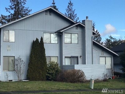 Skagit County Condo/Townhouse Sold: 2721 Firwood Lane #126