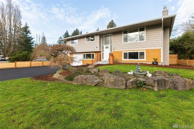 Shoreline Single Family Home For Sale: 16011 Sunnyside Ave N