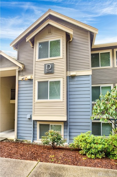 Bothell Condo/Townhouse For Sale: 19410 Bothell Wy NE #D103
