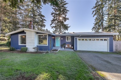 Lynnwood Single Family Home For Sale: 1110 213th Place SW