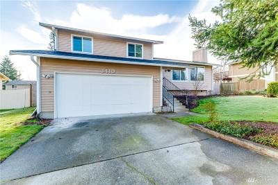Tacoma Single Family Home For Sale: 5410 34th St Lp NE
