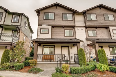 Redmond Condo/Townhouse For Sale: 10363 156th Lane NE #102