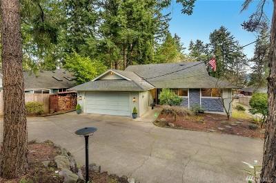 Shoreline Single Family Home For Sale: 18224 24th Ave NE