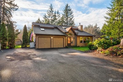 Port Orchard Single Family Home For Sale: 6950 SE Mile Hill Dr