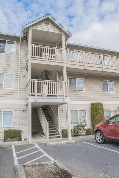Condo/Townhouse Sold: 9727 18th Ave W #A302