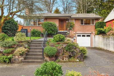 Seattle Single Family Home For Sale: 6205 53rd Ave NE