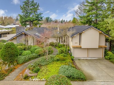 Seattle Single Family Home For Sale: 2215 40th E
