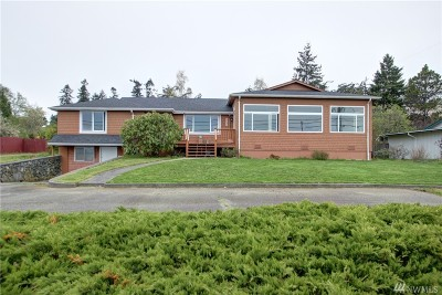 Anacortes Single Family Home For Sale: 2220 J Ave