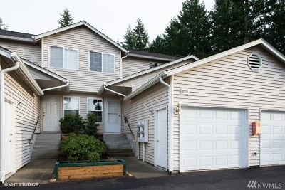 Puyallup Condo/Townhouse For Sale: 5710 99th St Ct E