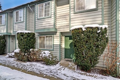 Mountlake Terrace Condo/Townhouse For Sale: 21303 50th Ave W #C3