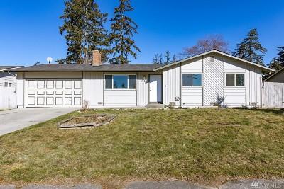 Oak Harbor Single Family Home Pending: 590 NW 7th Ave