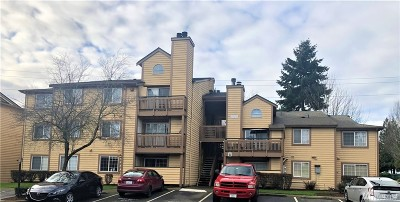 King County Condo/Townhouse For Sale: 22810 30th Ave S #A203