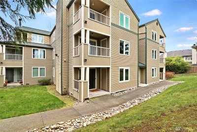 Bothell Condo/Townhouse For Sale: 20318 Bothell Everett Hwy #A102