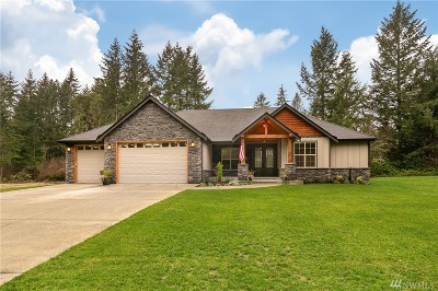 Port Orchard Single Family Home For Sale: 15812 Putters Place SW