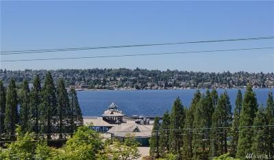 Renton Condo/Townhouse For Sale: 1700 Lake Washington Blvd N #101