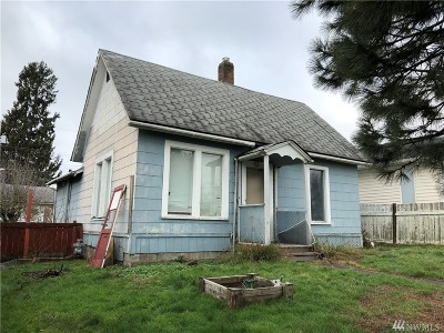 Single Family Home For Sale: 2631 Humboldt St