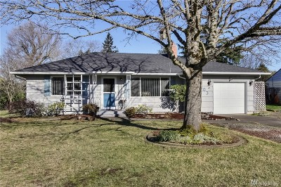 Lakewood Single Family Home For Sale: 10403 Rowland Ave SW