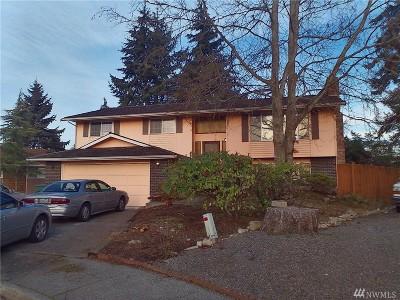 Everett Single Family Home For Sale: 9113 9th Dr SE