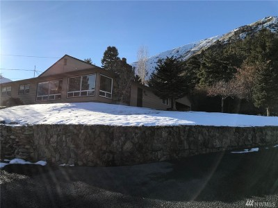 Chelan County Single Family Home For Sale: 2622 S Methow St