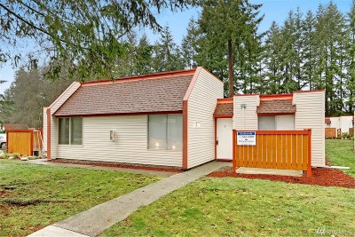 Renton Condo/Townhouse For Sale: 14600 SE 176th St #F-2