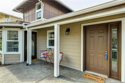 Issaquah Condo/Townhouse For Sale: 22484 SE 38th Terr #2348
