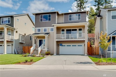 Silverdale Single Family Home For Sale: 2090 NW Rustling Fir Lane