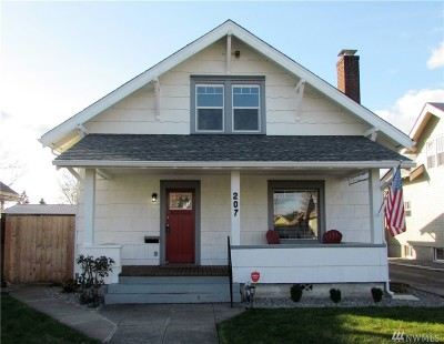 Centralia Single Family Home For Sale: 207 N Washington Ave