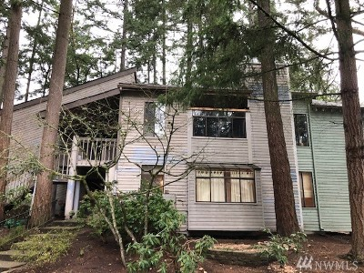 Federal Way Condo/Townhouse For Sale: 156 S 329th Place #B-6