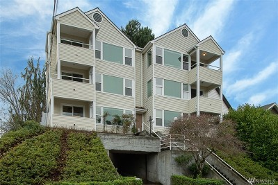 Seattle Condo/Townhouse Sold: 1725 24th Ave #302