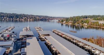 Bellevue Condo/Townhouse For Sale: 3911 Lake Washington Blvd SE #C9