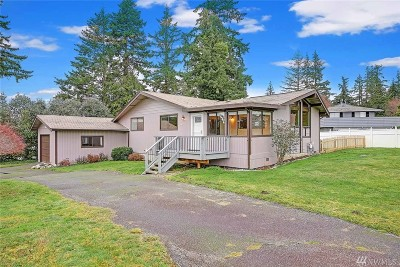 Camano Island Single Family Home For Sale: 284 Heather Dr