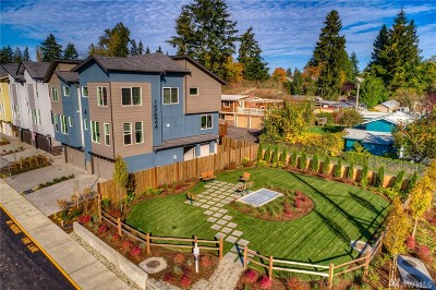 Lynnwood Condo/Townhouse For Sale: 15624 Meadows (Cv2#f3) Rd #2012