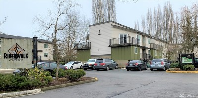 Redmond Condo/Townhouse For Sale: 15827 NE Leary Wy #B115