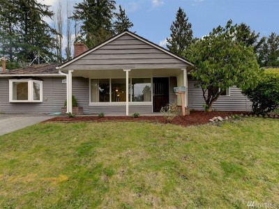 Shoreline Single Family Home For Sale: 14716 22nd Ave NE