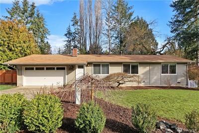 Kirkland Single Family Home For Sale: 10230 NE 140th Place